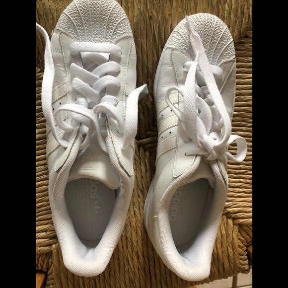 Scarpe Da Ginnastica Adidas Superstar Bianco Uomo 85 Donne 10 Poshmark